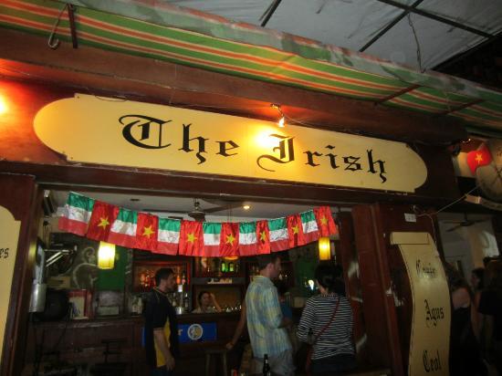 The Irish coffe & bar, 4 rue Luong Ngoc Quyen où nous nous sommes rencontrés