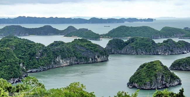 Baie de Lan Ha et ile de Cat Ba