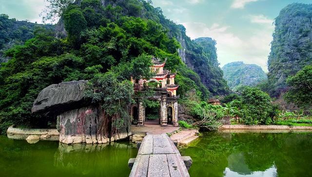 Ninh Binh - baie d'Halong terrestre- pagode Bich Dong