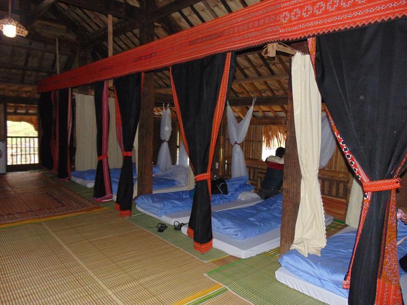 nuit chez une famille Hmong