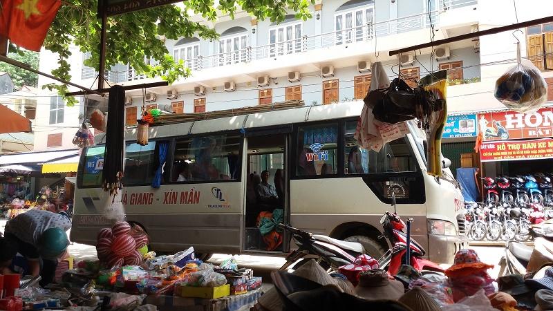 bus Xin Man-Hoang Su Phi-Ha Giang