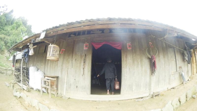 la maison des Hmong à Bac Ha01