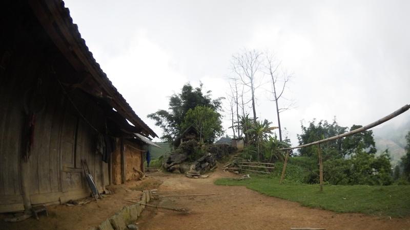 la maison des Hmong à Bac Ha04
