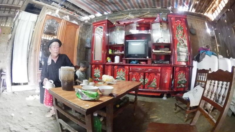 la maison des Hmong à Bac Ha06