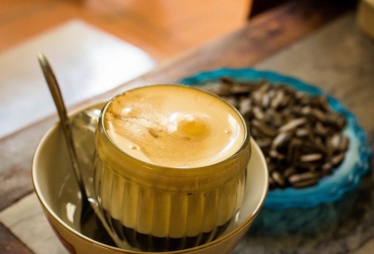 Que faire à Hanoi-cafe-aux-oeufs-Hanoi