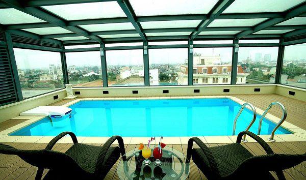 hotel-piscine-hanoi-Skylark