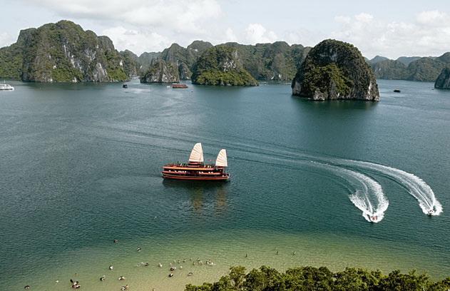 la baie de Lan Ha - plage Ba Trai Dao