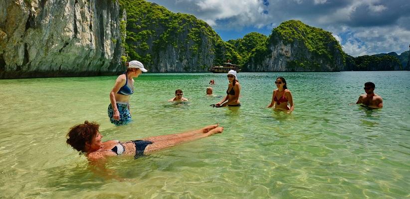 liste avec prix des croisières moins touristique baie d'Halong, Bai Tu Long, Lan Ha