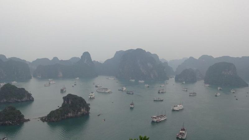 meilleure période baie d'Halong - Halong dans le brouillard en marsjpg