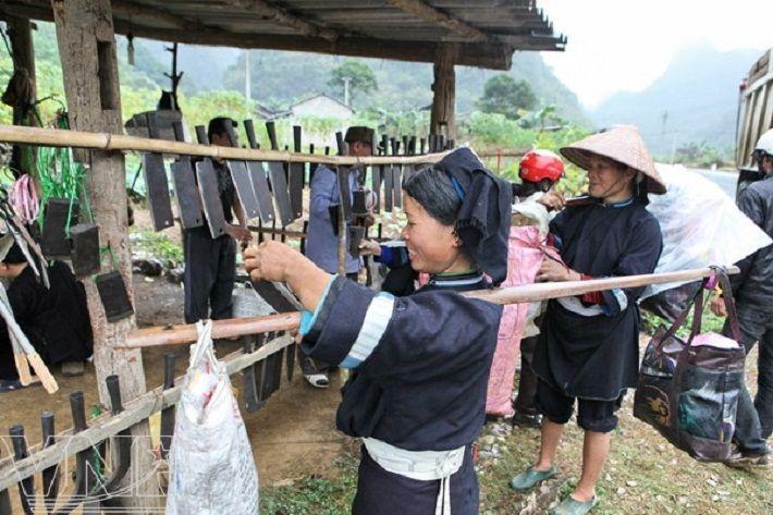 Cao-Bang-Vietnam-que-faire-top-8-choses-ne-pas-rater-Le village forgeron de Phuc Sen des ethnies Nung
