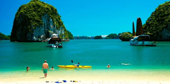 Paysage à la baie de Bai Tu Long