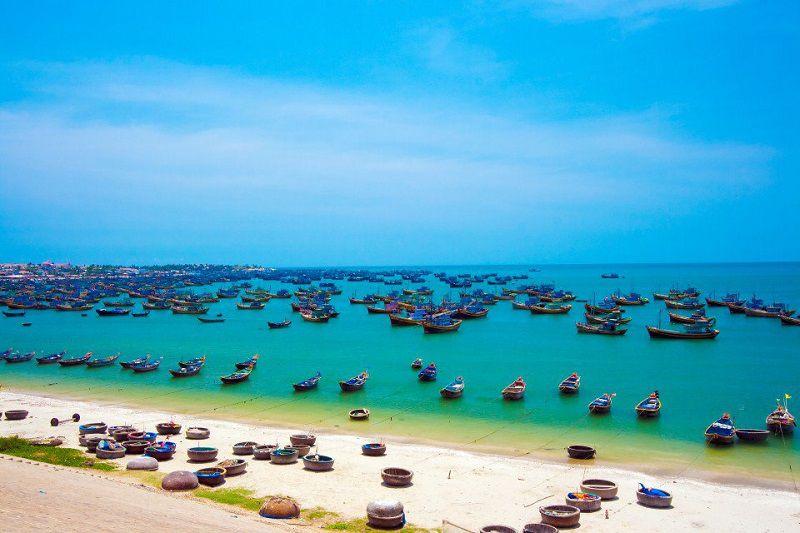 Comment aller de Ho Chi Minh à Mui Ne? horaires bus, train? réserver