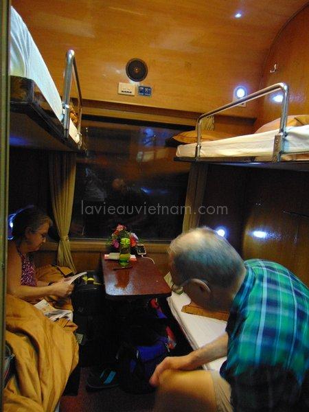 train-nuit-couchette-vietnam-voyager