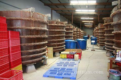 usine-sauce-poisson-Phu-Quoc