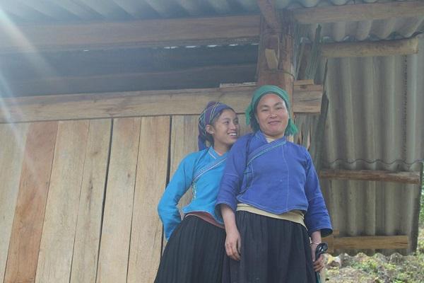 les femmes de l'ethnie Nung à Hoang Su Phi